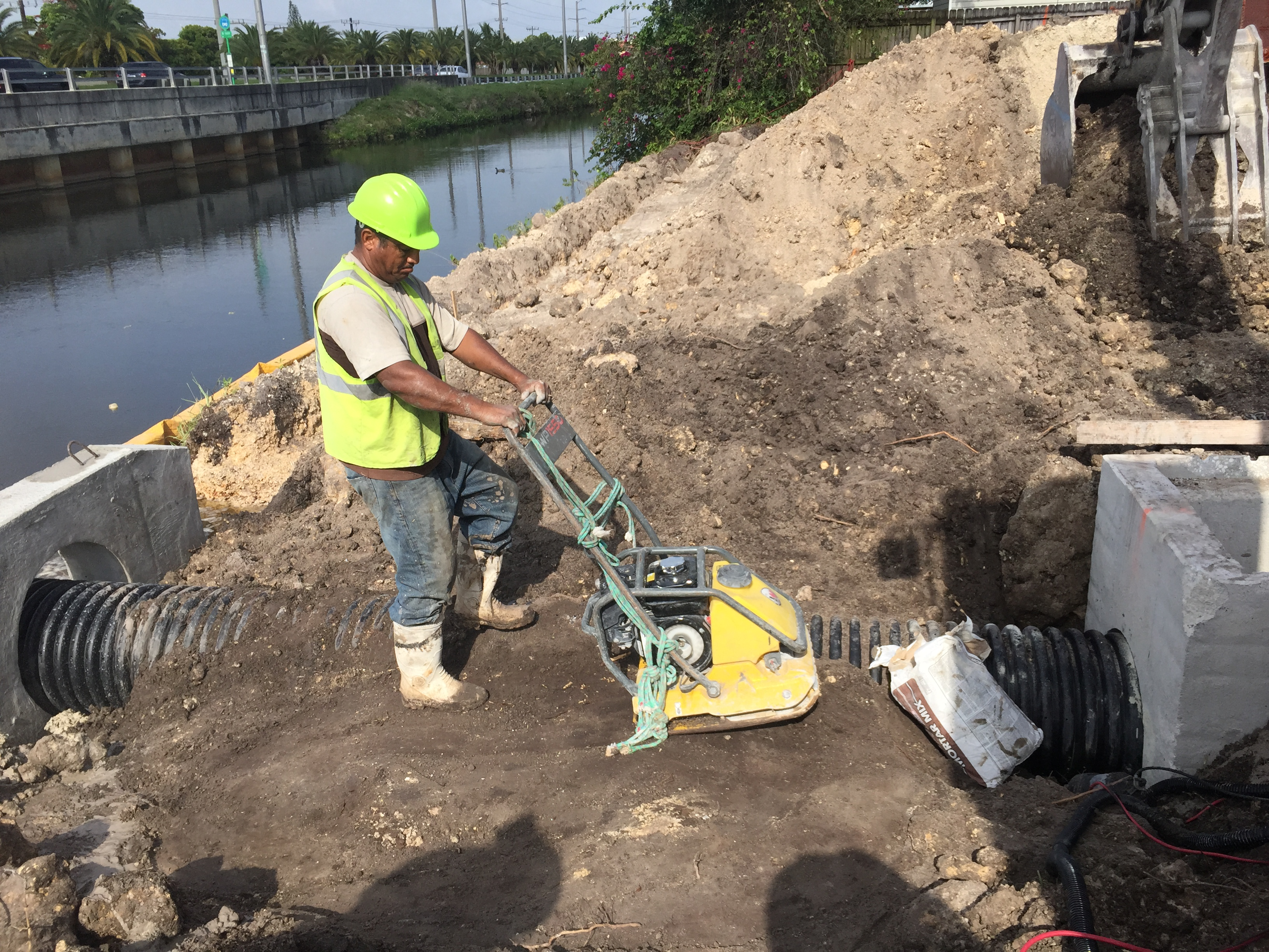 HDPE pipe, drainage, headwall