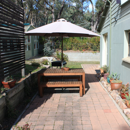 The guest house alfresco area