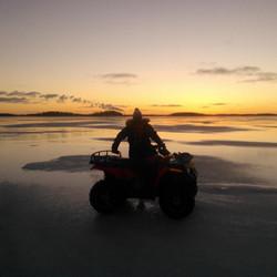55 cm ice in the sea!