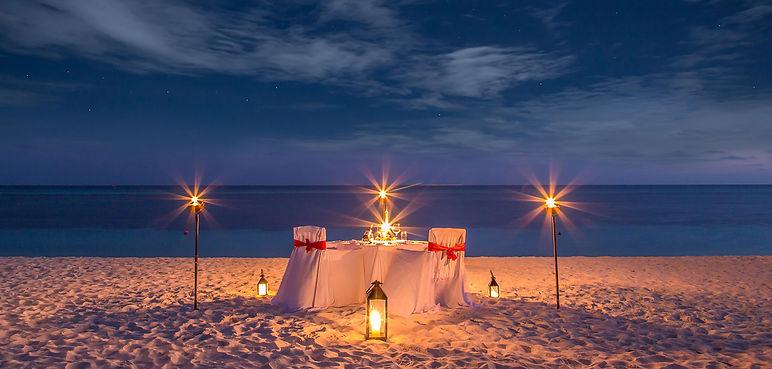 kuredu_candlelight_dinner.jpeg