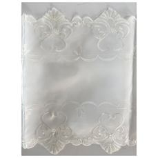 VINTABLE LACE TABLE RUNNER