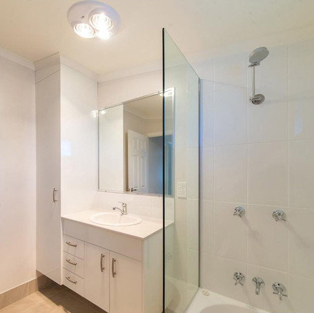 Henry Street Bathroom