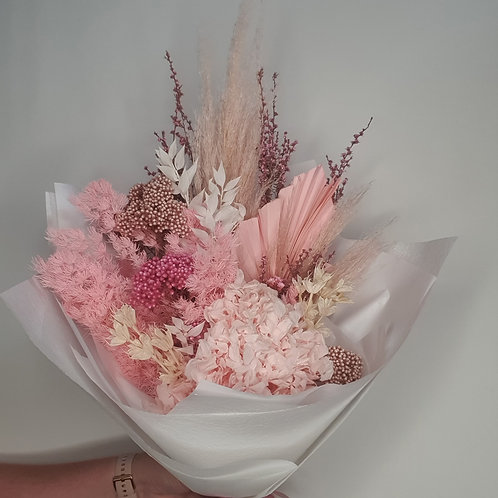 DRIED FLOWER BOUQUET - MEDIUM