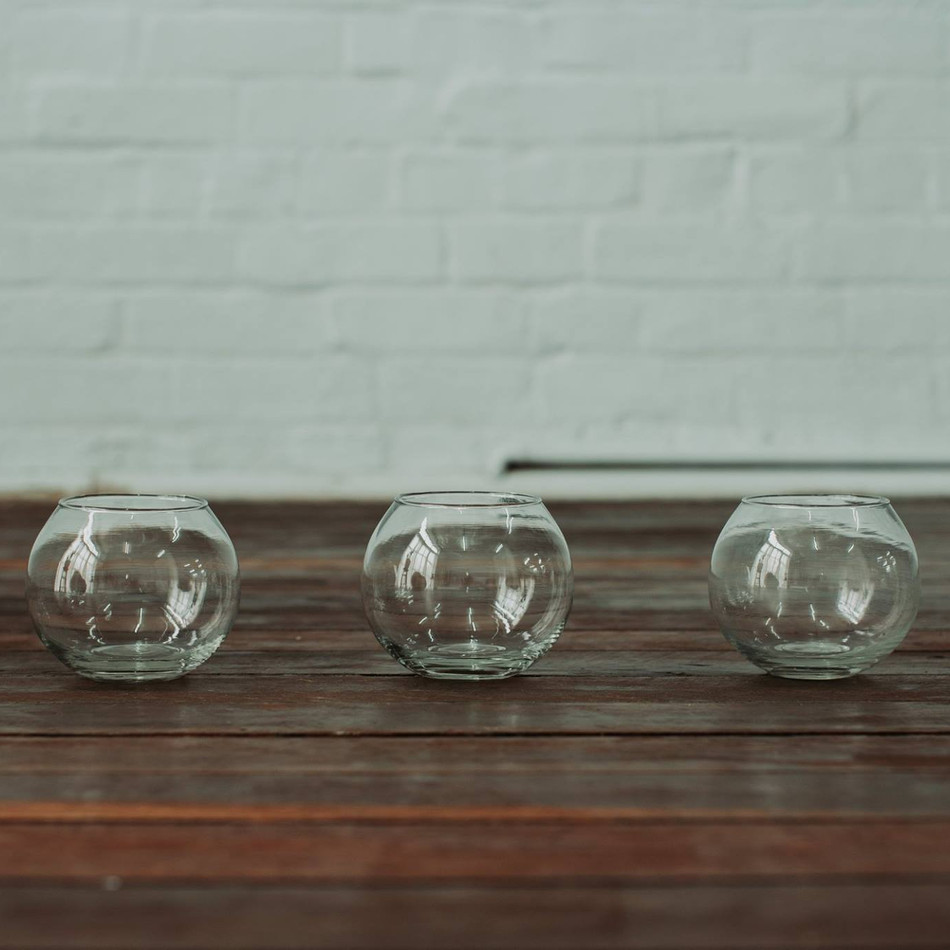 GLASS TEA LIGHT HOLDERS