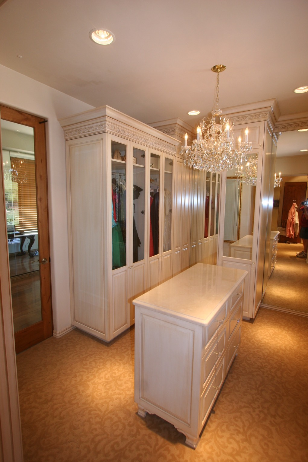 glass-white-closet_1021