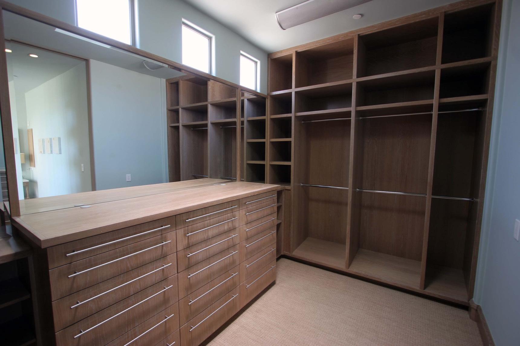 white-oak-closet_1720