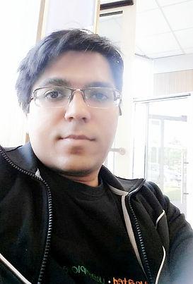 Dr. Lalit Kaurani