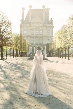 Romantic Paris Elopement | Paris Wedding Planner