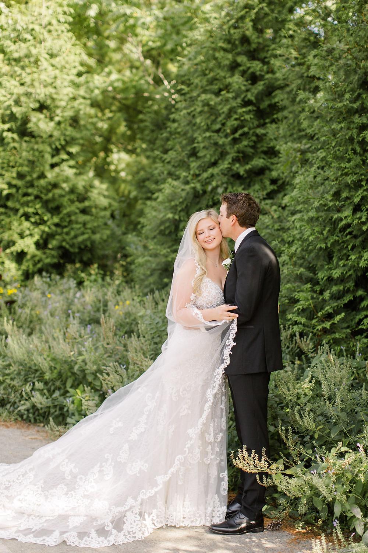 Indianapolis Bride and Groom Photo