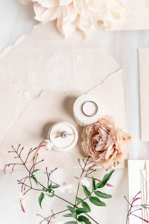 5 Items to Include in Your Guest Welcome Gifts | Destination Wedding Planning