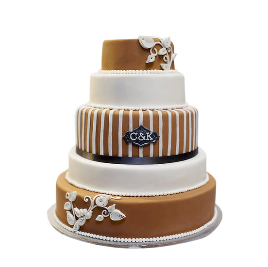 W117 Wedding Cake