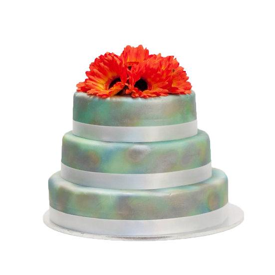 W125 Wedding Cake