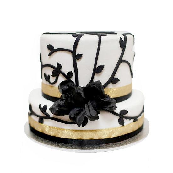W132 Wedding Cake