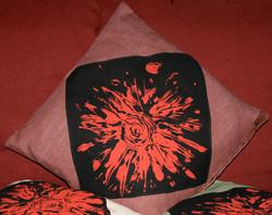 Hemp cushion with rose design