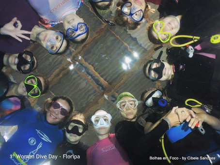 We rock on! 1 PADI Women Dive Day em Florianopolis