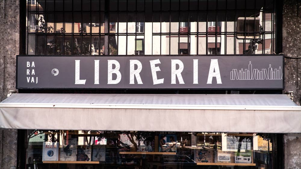 libreria-milano-baravaj.jpg
