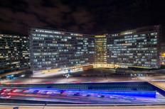 Vue nocturne du Berlaymont à Bruxelles