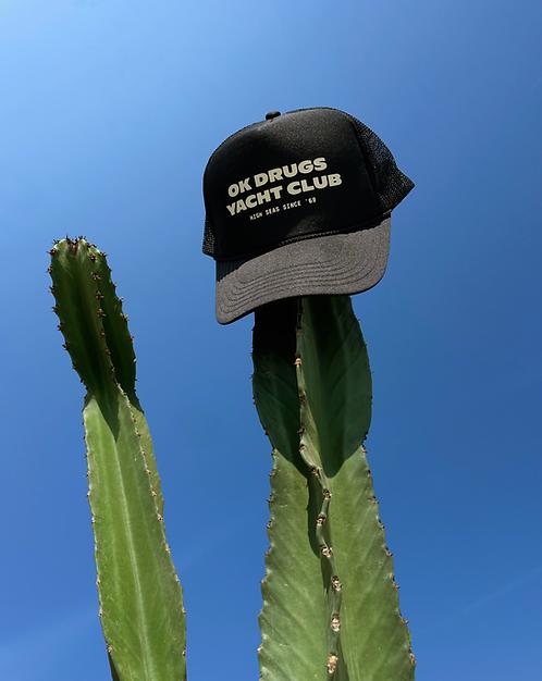 YACHT CLUB HAT