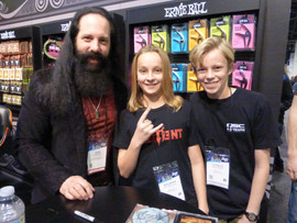 John Petrucci .JPG