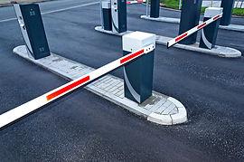 Шлагбаум - составная часть системы контроля доступа