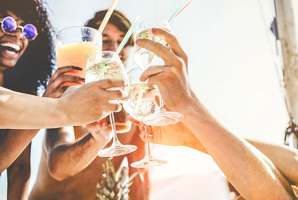 jeffreys-friends-drinking.jpg