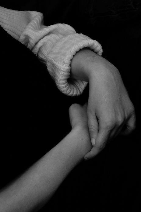 hands, sophie anne herin, black and white, sophie anne herin