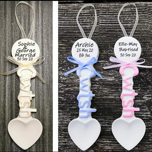 Cwtsh Welsh Lovespoon Personalised Gift