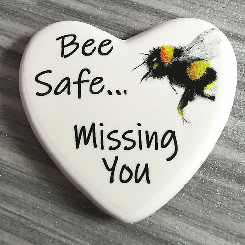 Bee Safe Comfort Heart Isolation, Letterbo