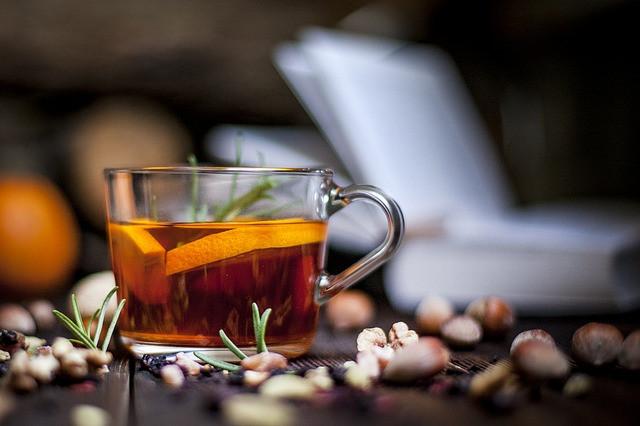 cinnamon, cinnamon tea, tea, herbal drink, ayurvedic brew, natural, organic, healthy, aromatic, glass cup,