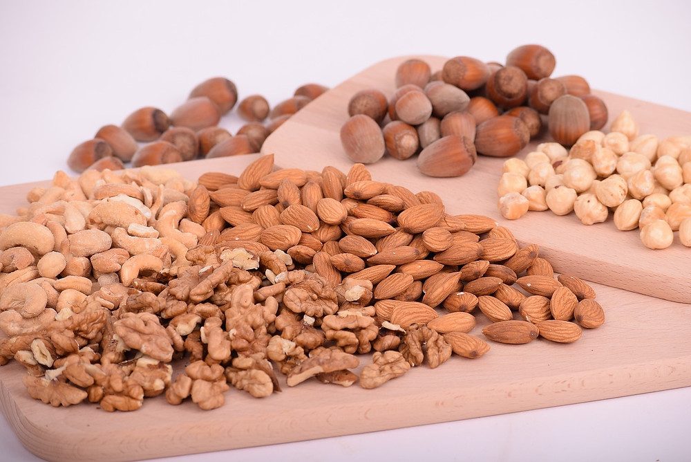 Almonds, Cashews, Pistachios, Walnuts, Hazelnuts, Peanuts