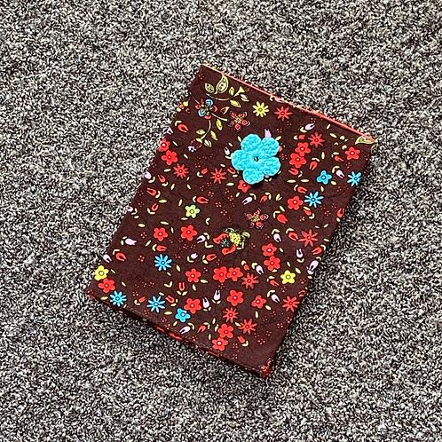 Mutterpasshülle - Blume rot/braun