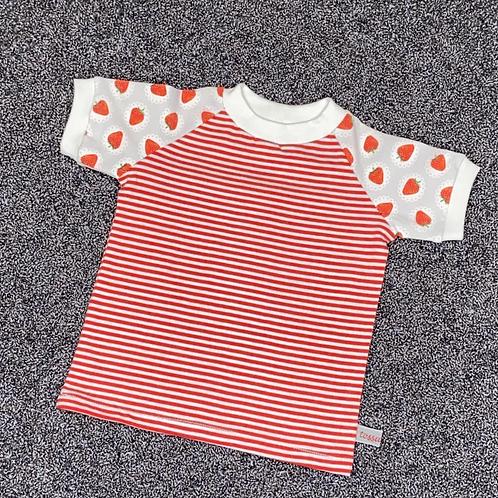 74   T-Shirt - Erdbeergedeck