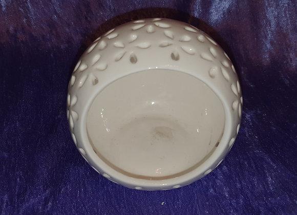 Cream Tealight Holder