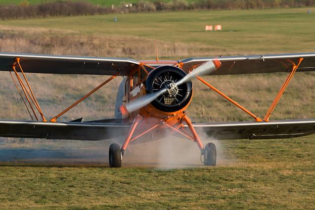 Waco YKS-6 po spuštění