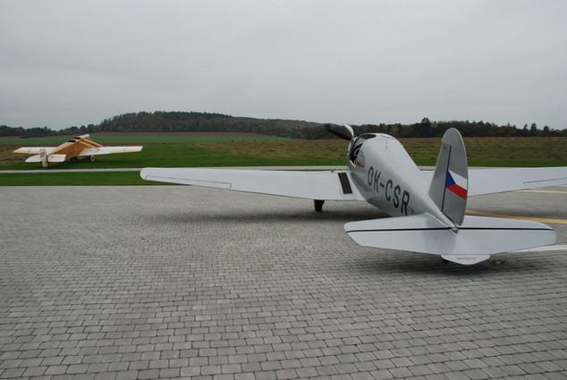M1C Sokol a Avia BH1