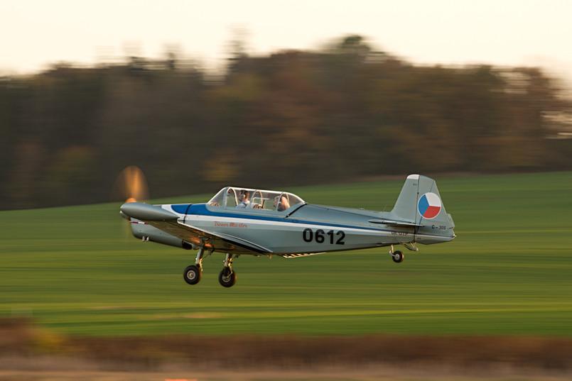 Zlín C-305
