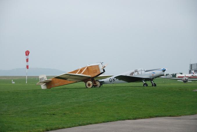 Avia BH-1 a M1C Sokol na návštěvě v Benešově