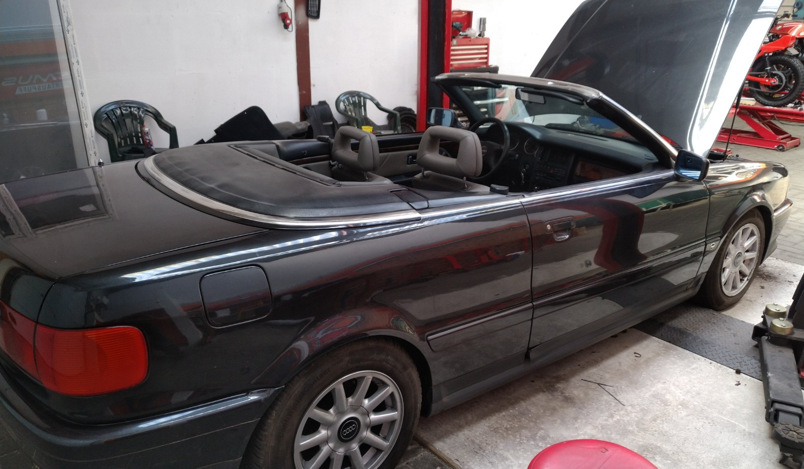 Audi 2.8 V6 Cabriolet