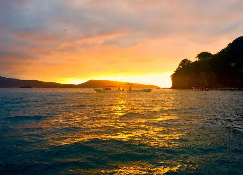 Chacala_Nayarit_sunset_bay-e150897427419