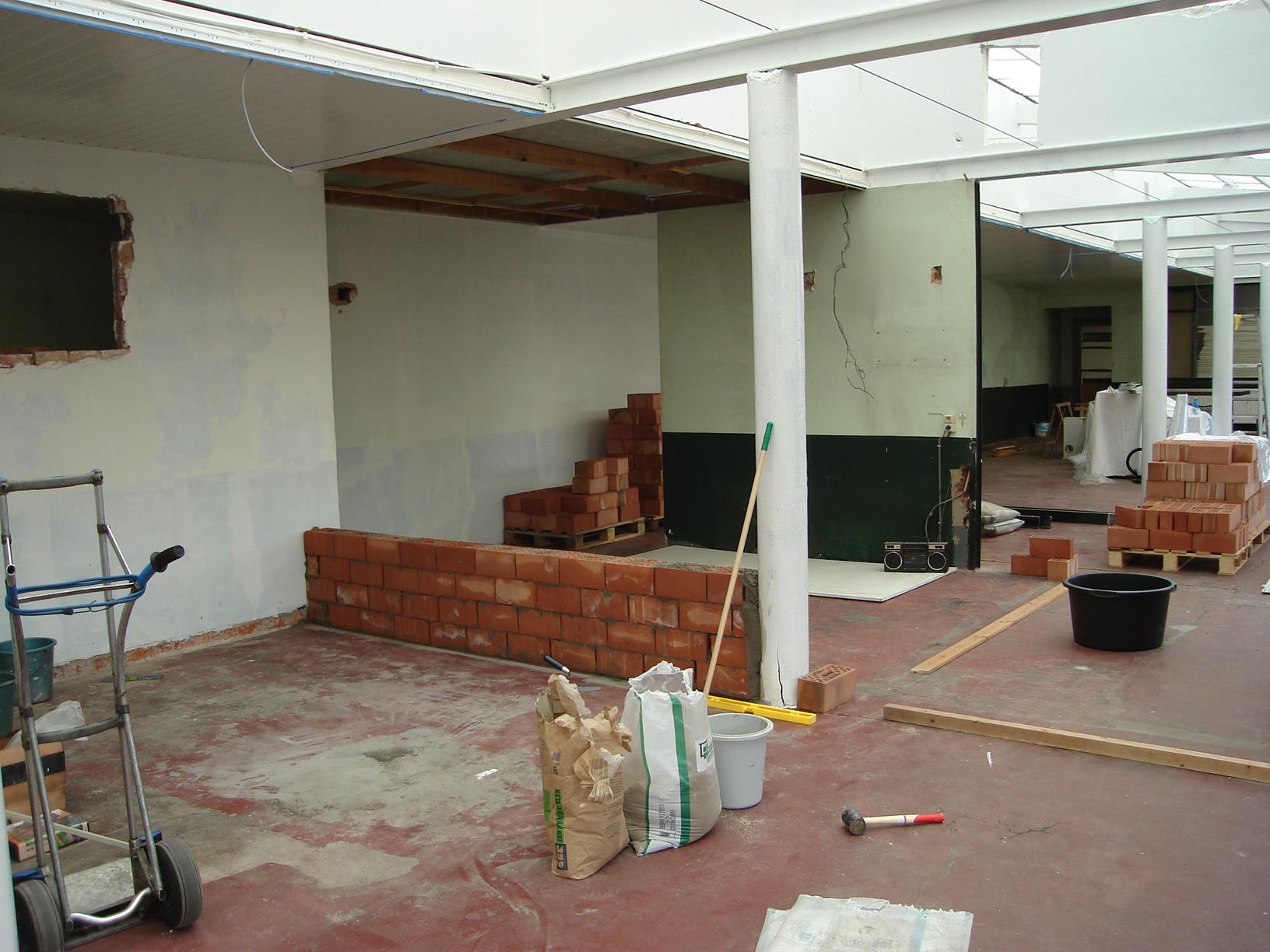 Opbouw van toiletten en vestiaire
