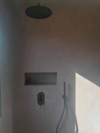 suite 4 ,,. jpg