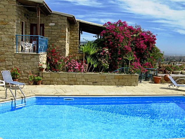 Adamos villa.jpg