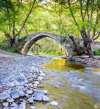 tzelefos_bridge_in_the_troodos_0.jpg