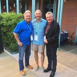 Apple Vize President John Couch and Don Henderson