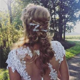 Bruidskapsel half los