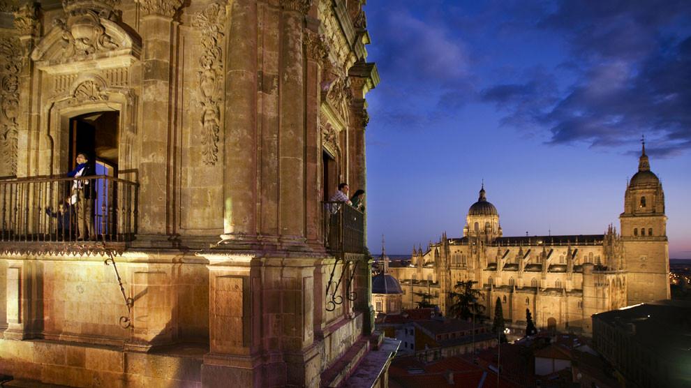 Башни Саламанки ночью