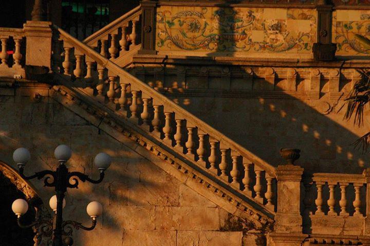 Каса Лис, парадная лестница