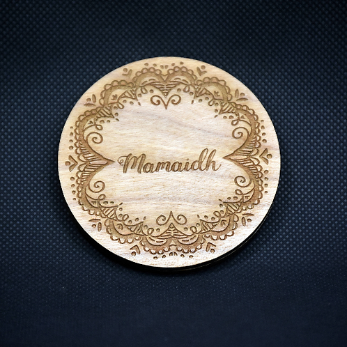 "Engraved Cherry-wood Scottish Gaelic ""Mamaidh"" handbag mirror"