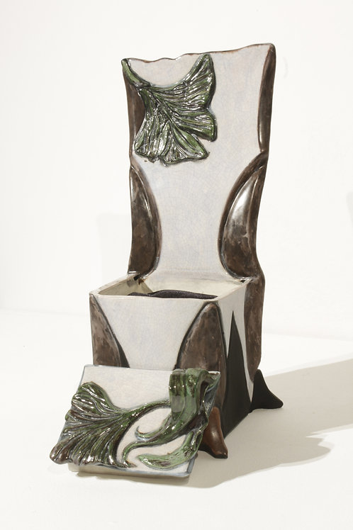Gingko Leaf Slipper Chair (Art Box)