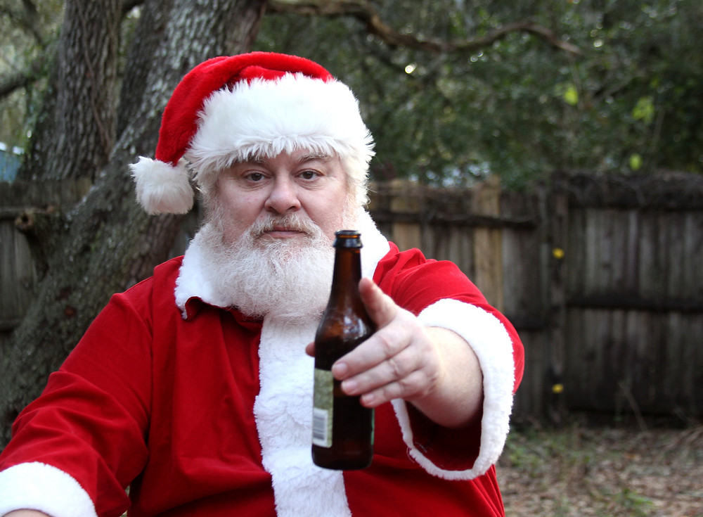 Santa Claus nos ofrece una birra.